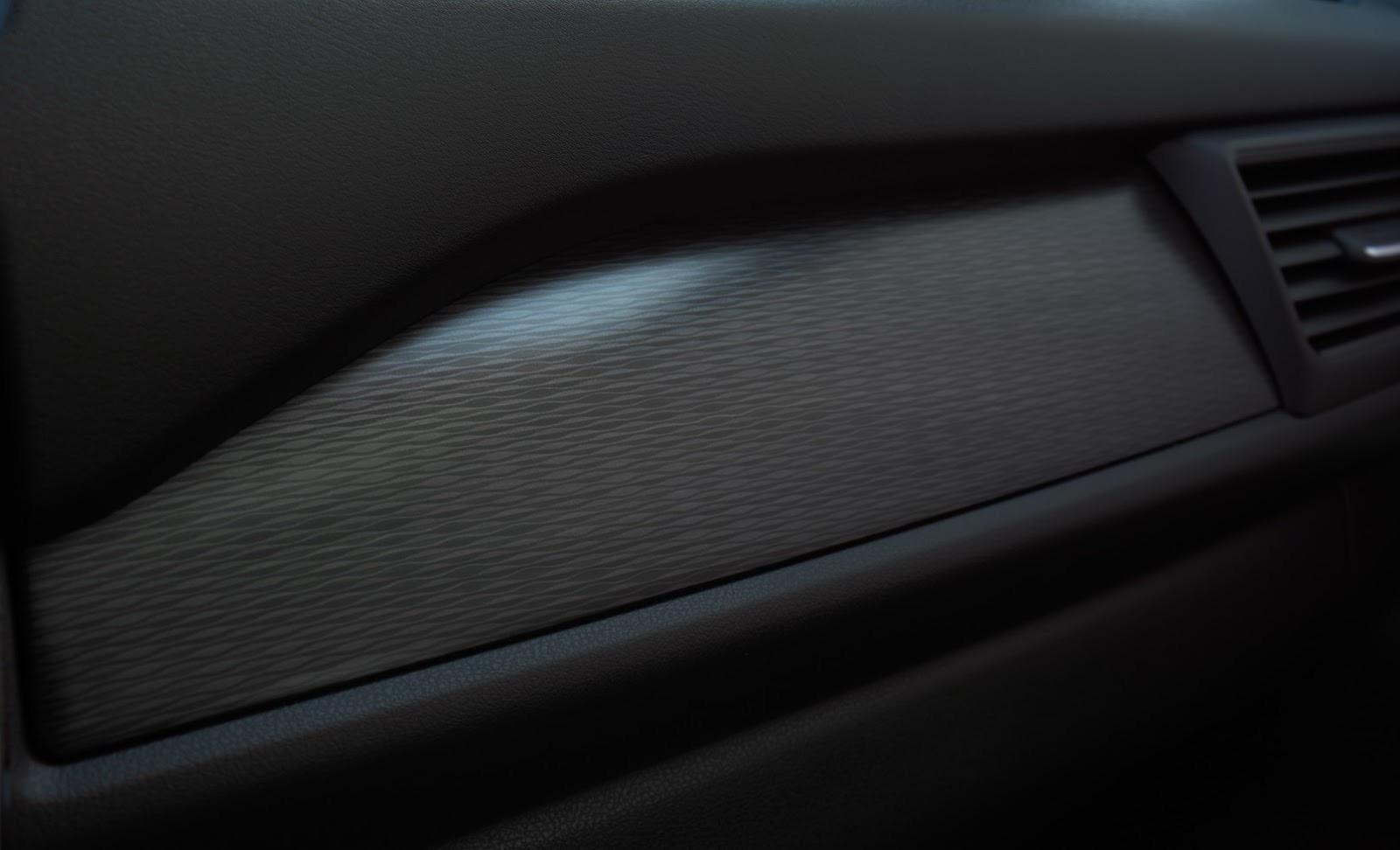 2018_Nissan_Leaf_36