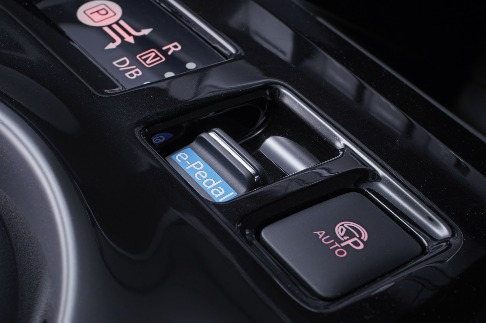 Nissan Leaf 2018 EU (32)