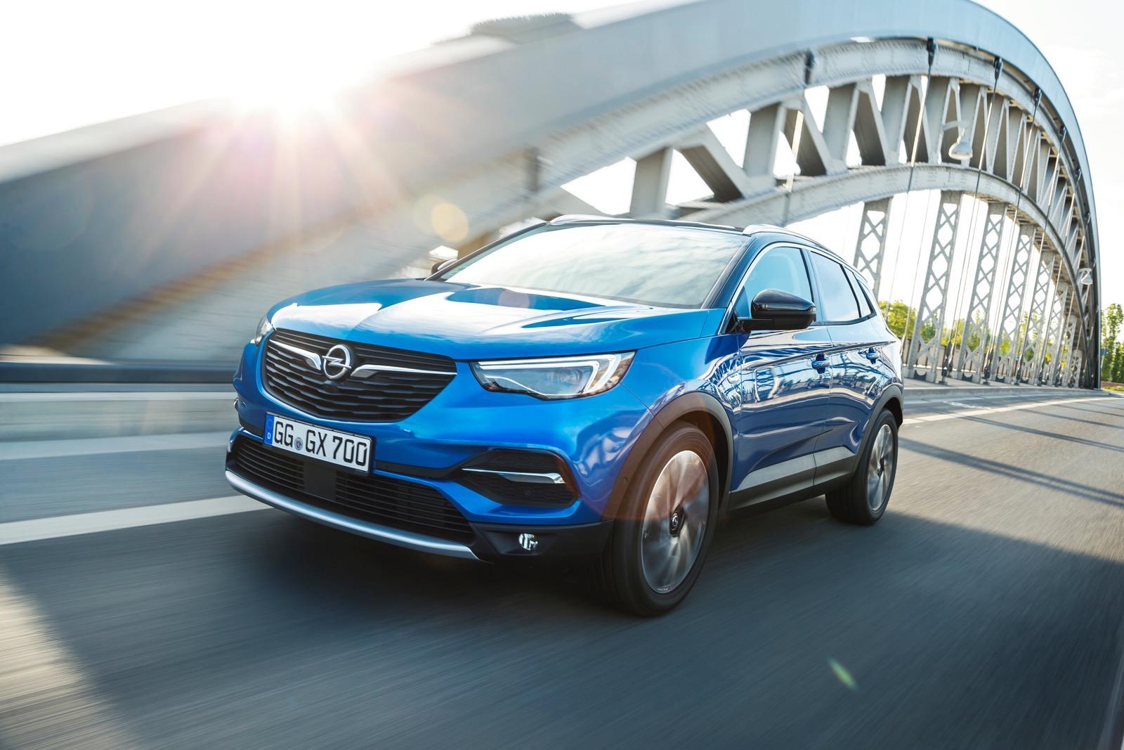2018_Opel_Grandlanx_X_11