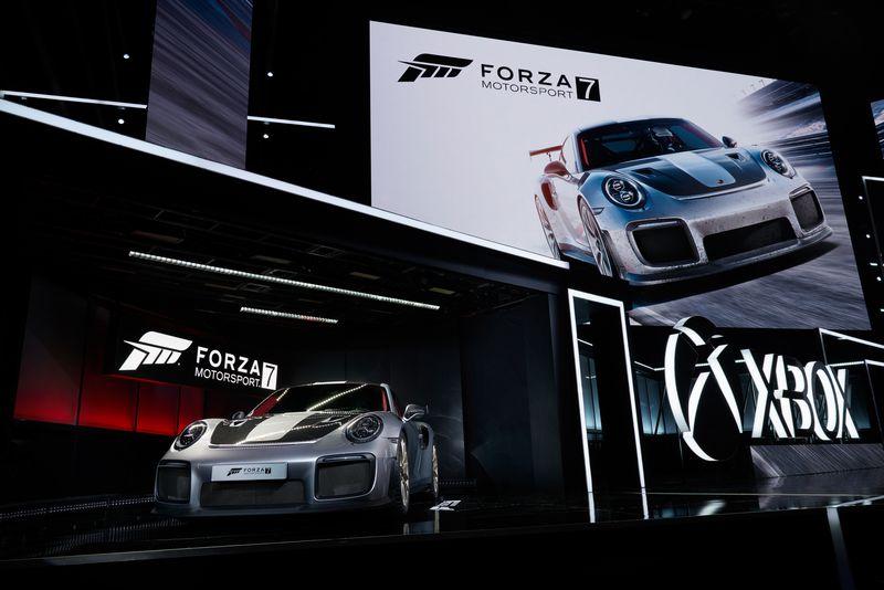 Forza_Motorsport_7_2018_Porsche_911_GT2_RS_01