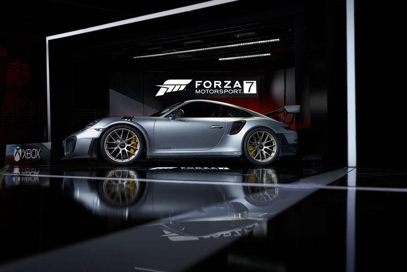 Forza_Motorsport_7_2018_Porsche_911_GT2_RS_03