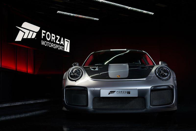 Forza_Motorsport_7_2018_Porsche_911_GT2_RS_04