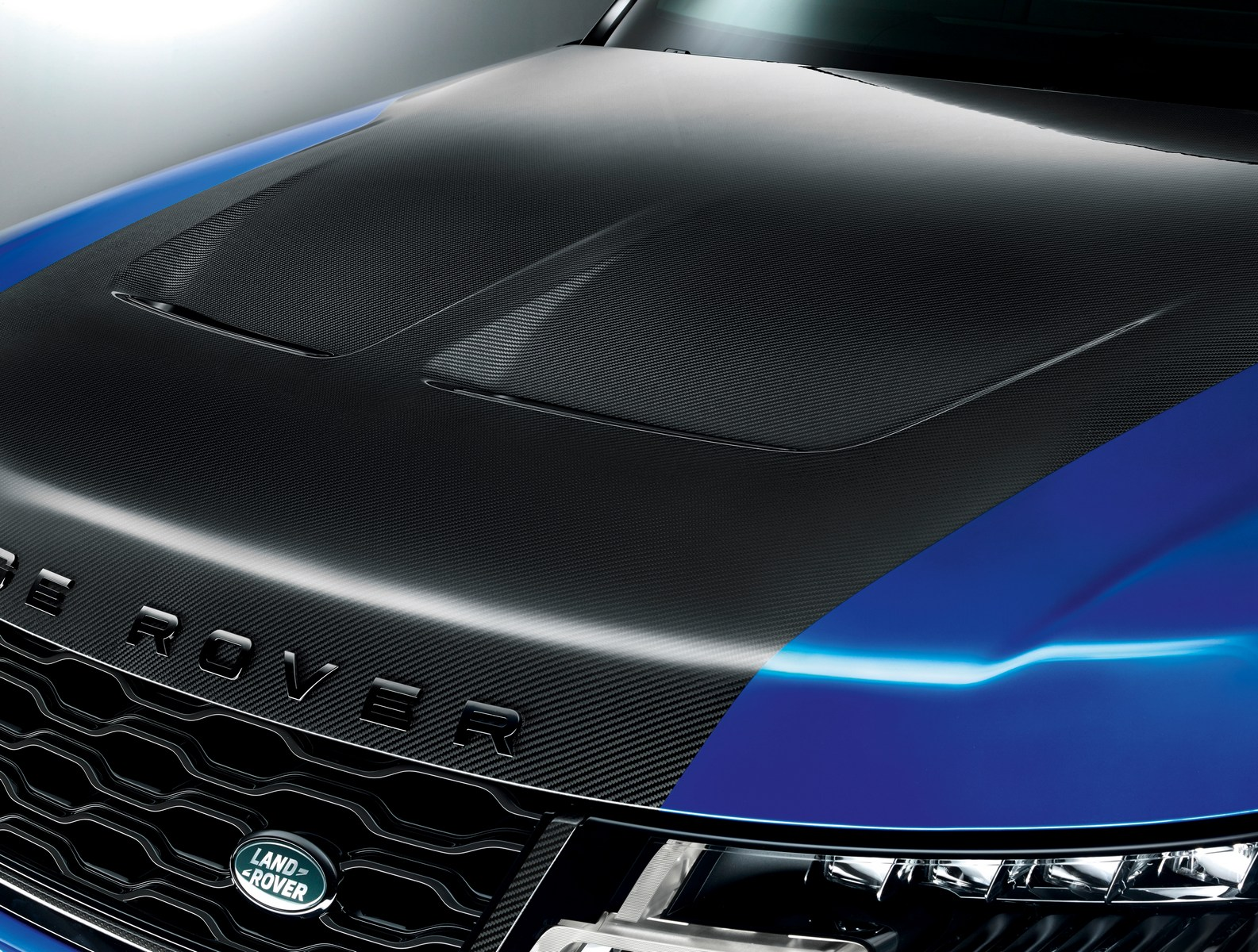 2018_Range_Rover_Sport_SVR_Facelift_01