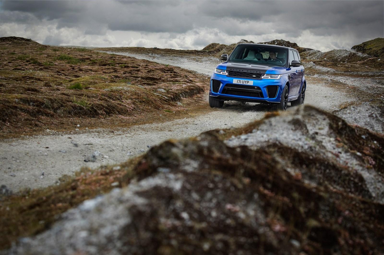 2018_Range_Rover_Sport_SVR_Facelift_17