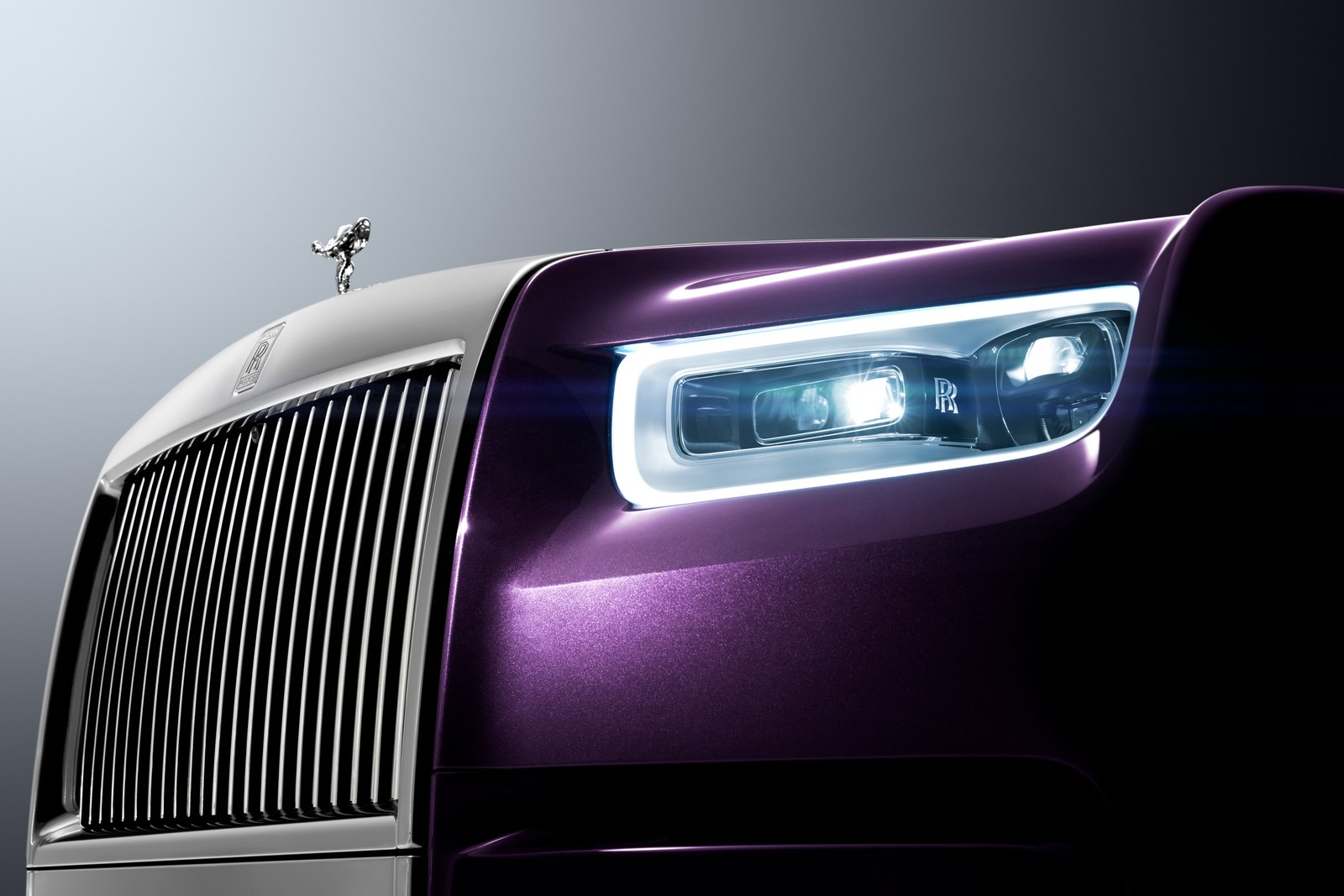 2018_Rolls-Royce_Phantom_11