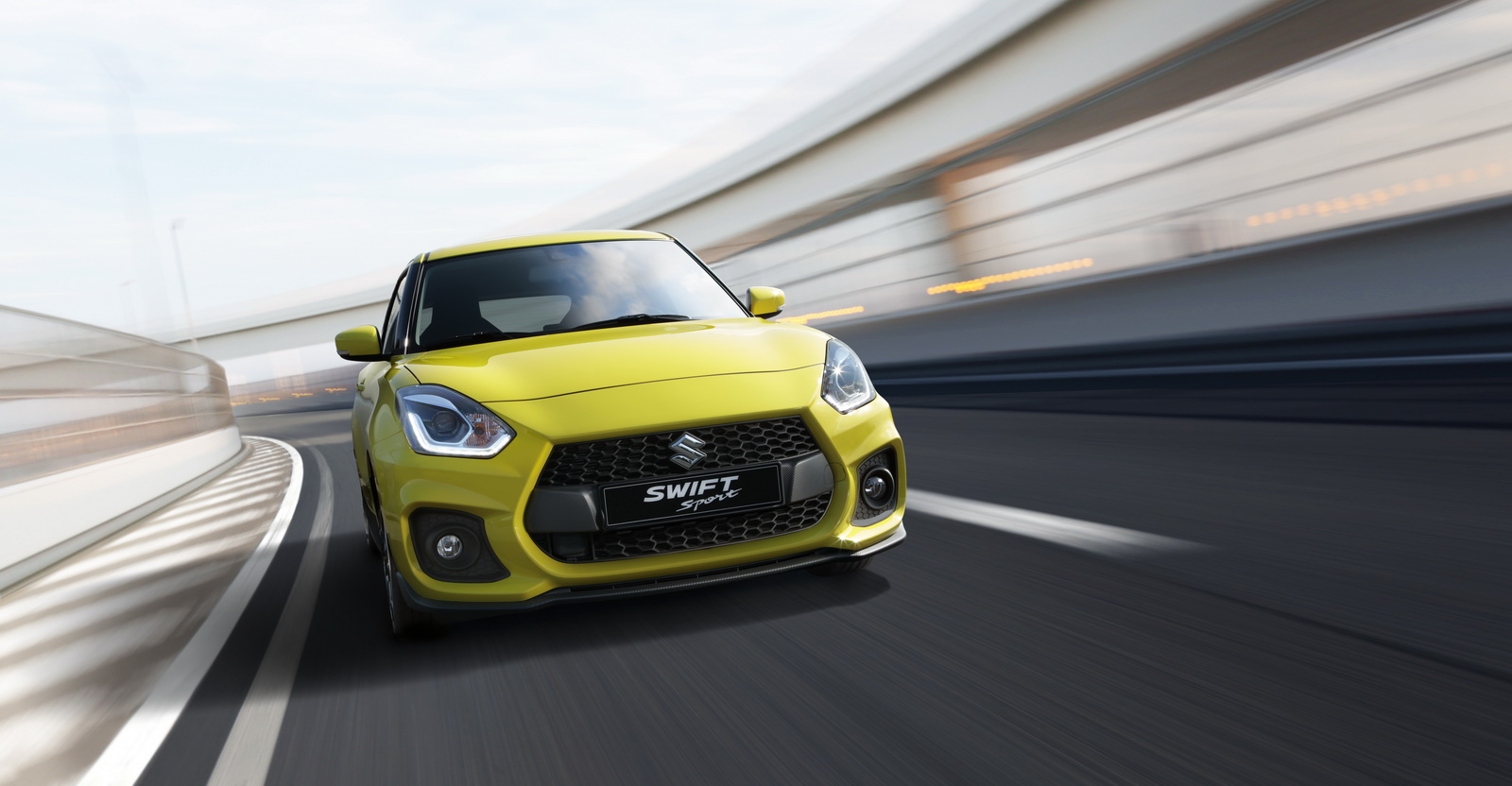 2018_Suzuki_Swift_Sport_01