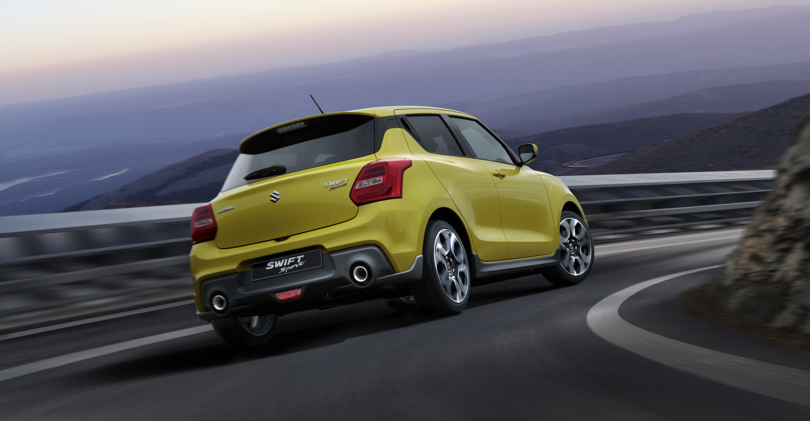 2018_Suzuki_Swift_Sport_03