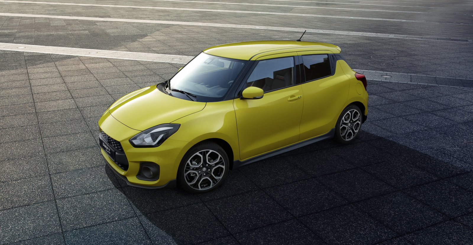 2018_Suzuki_Swift_Sport_04