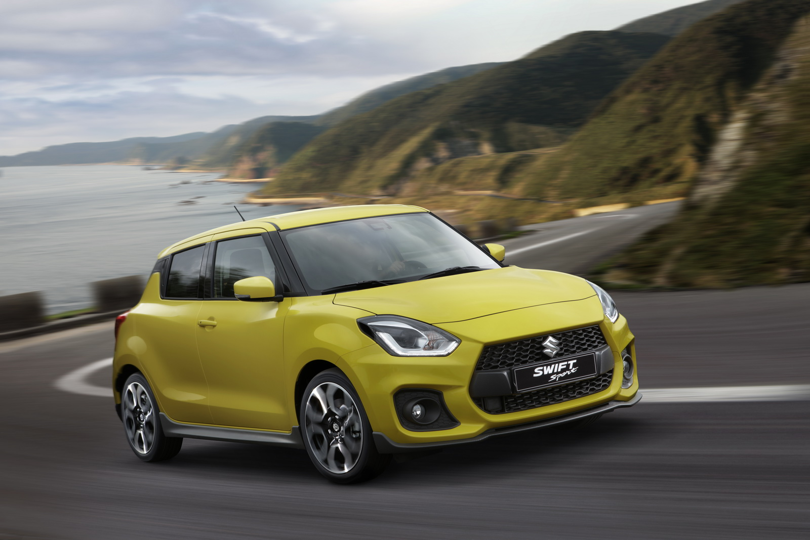 2018_Suzuki_Swift_Sport_06
