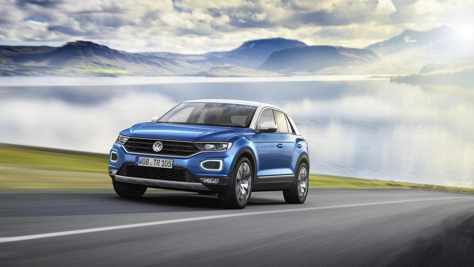 2018_Volkswagen_T-Roc_13