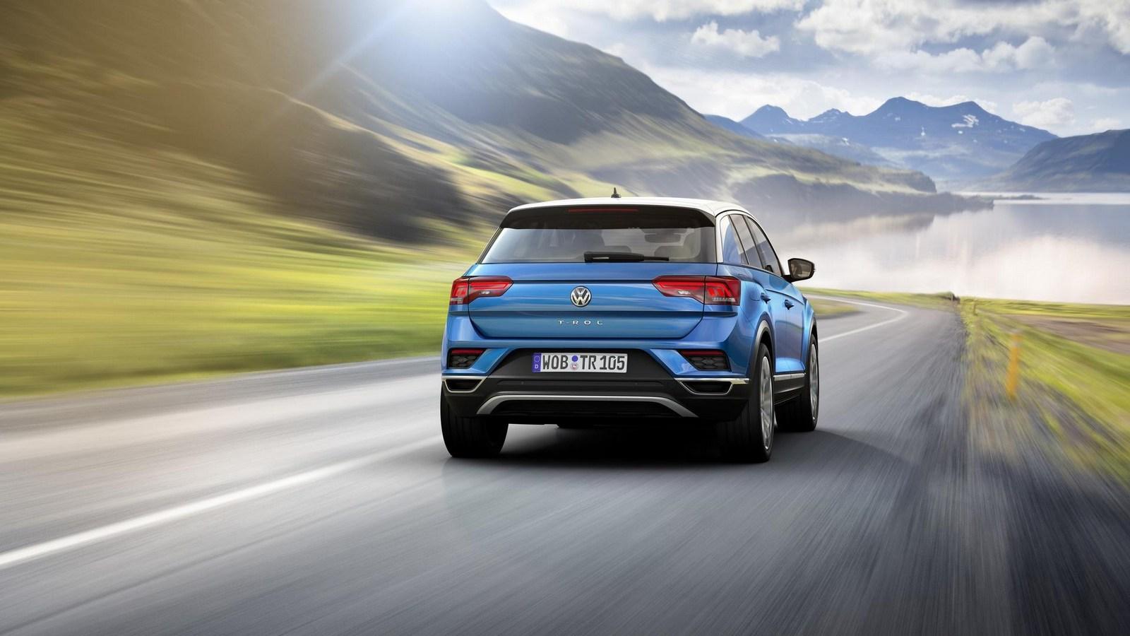 2018_Volkswagen_T-Roc_19