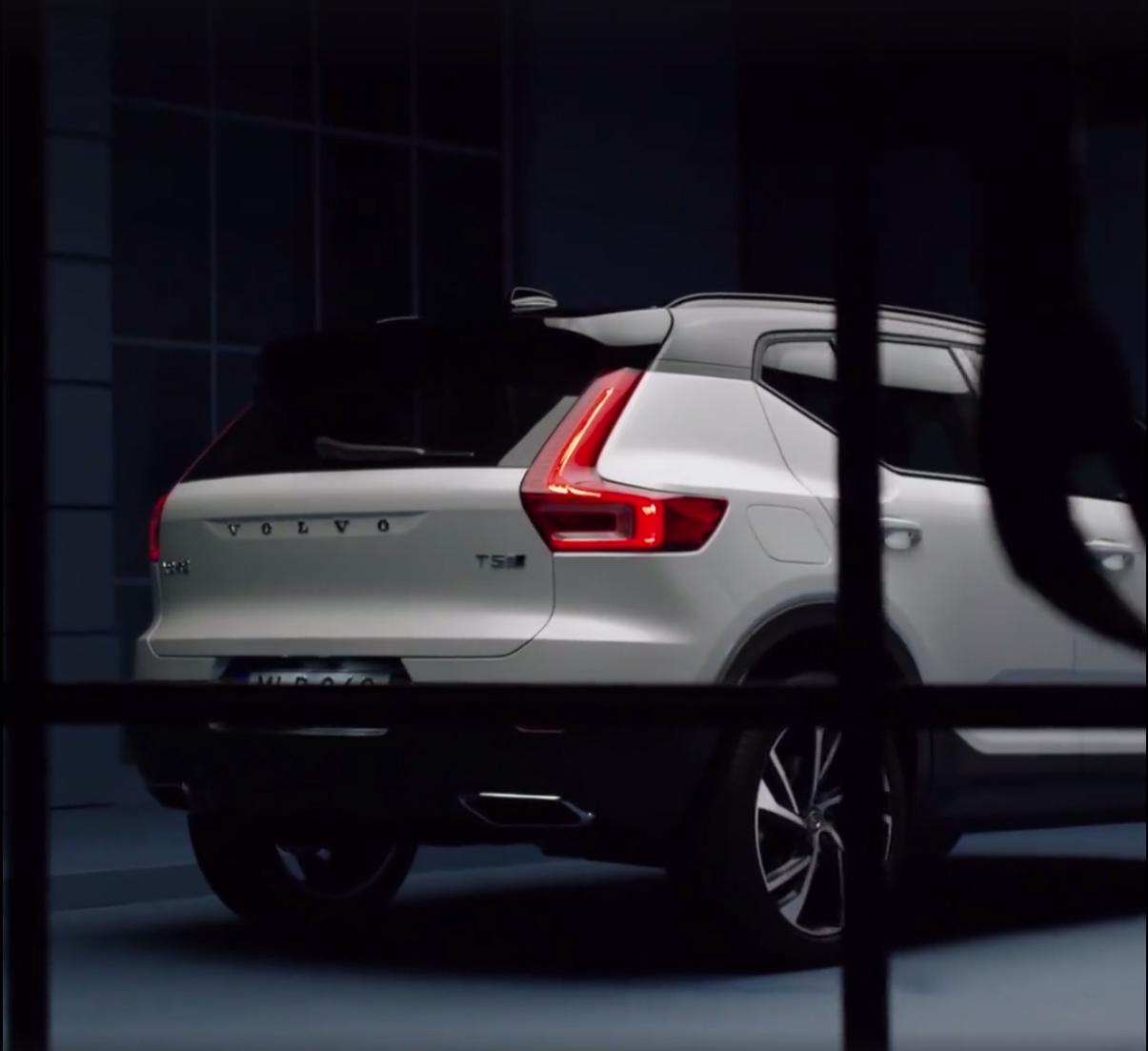 2018_Volvo_XC40_leaked_03