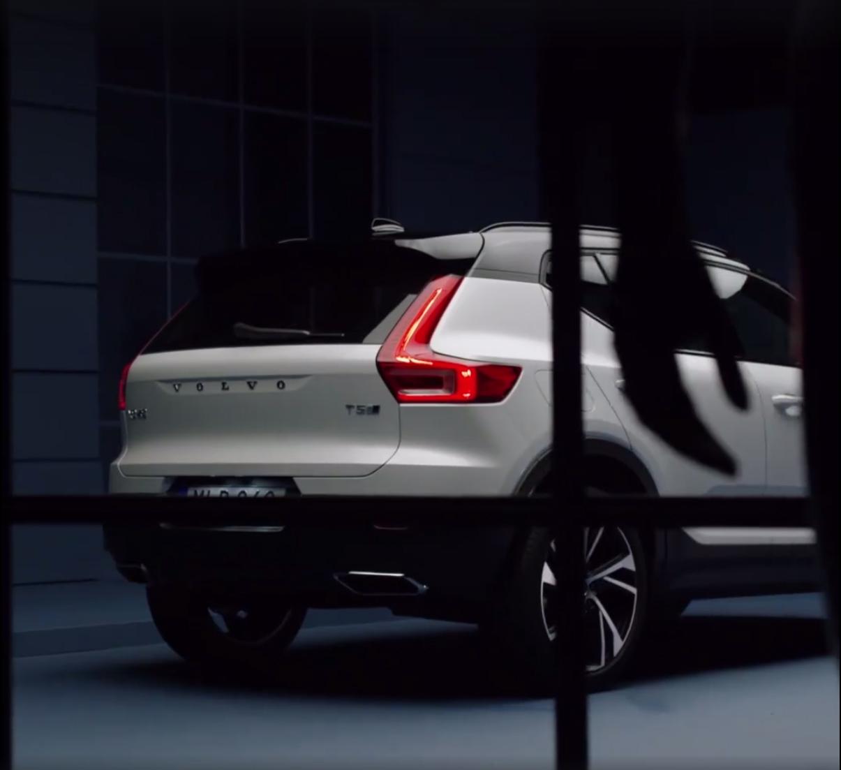2018_Volvo_XC40_leaked_04