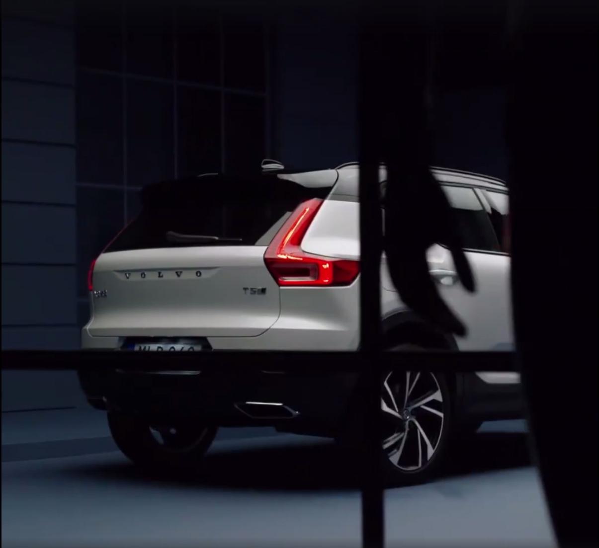 2018_Volvo_XC40_leaked_05