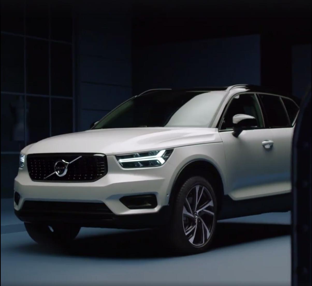 2018_Volvo_XC40_leaked_10