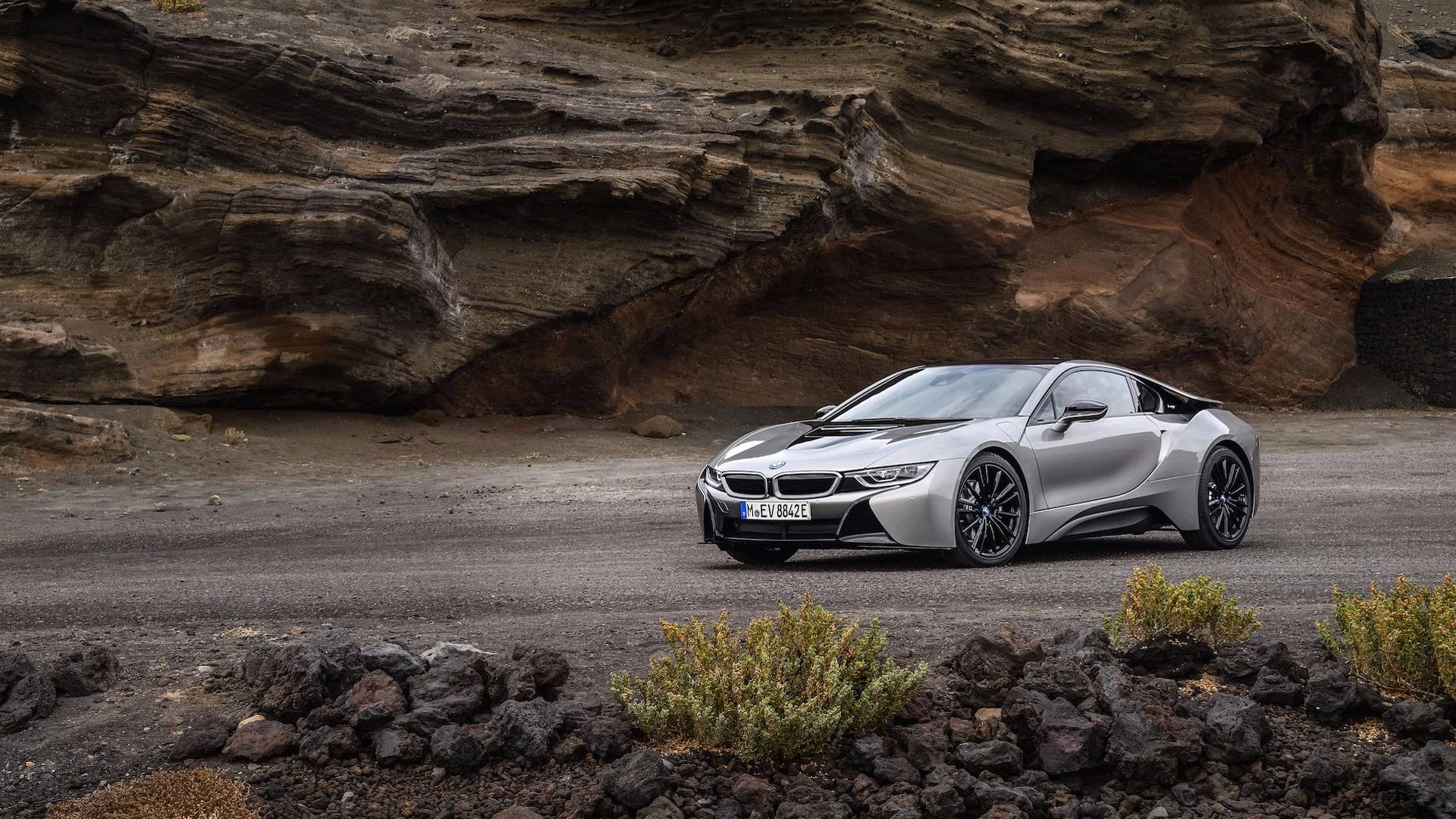 2019_BMW_i8_Coupe_08