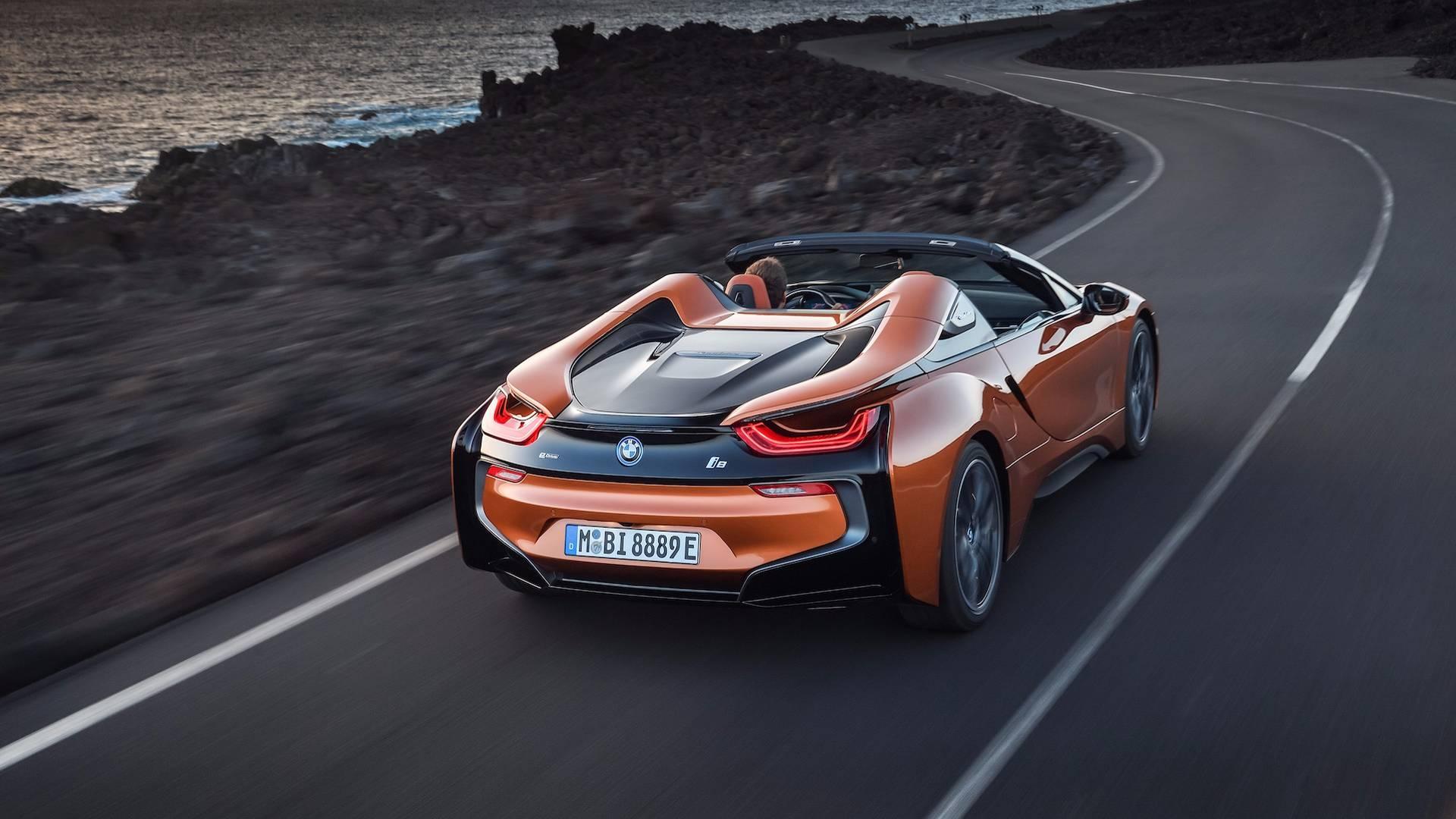 2019_BMW_i8_Roadster_02