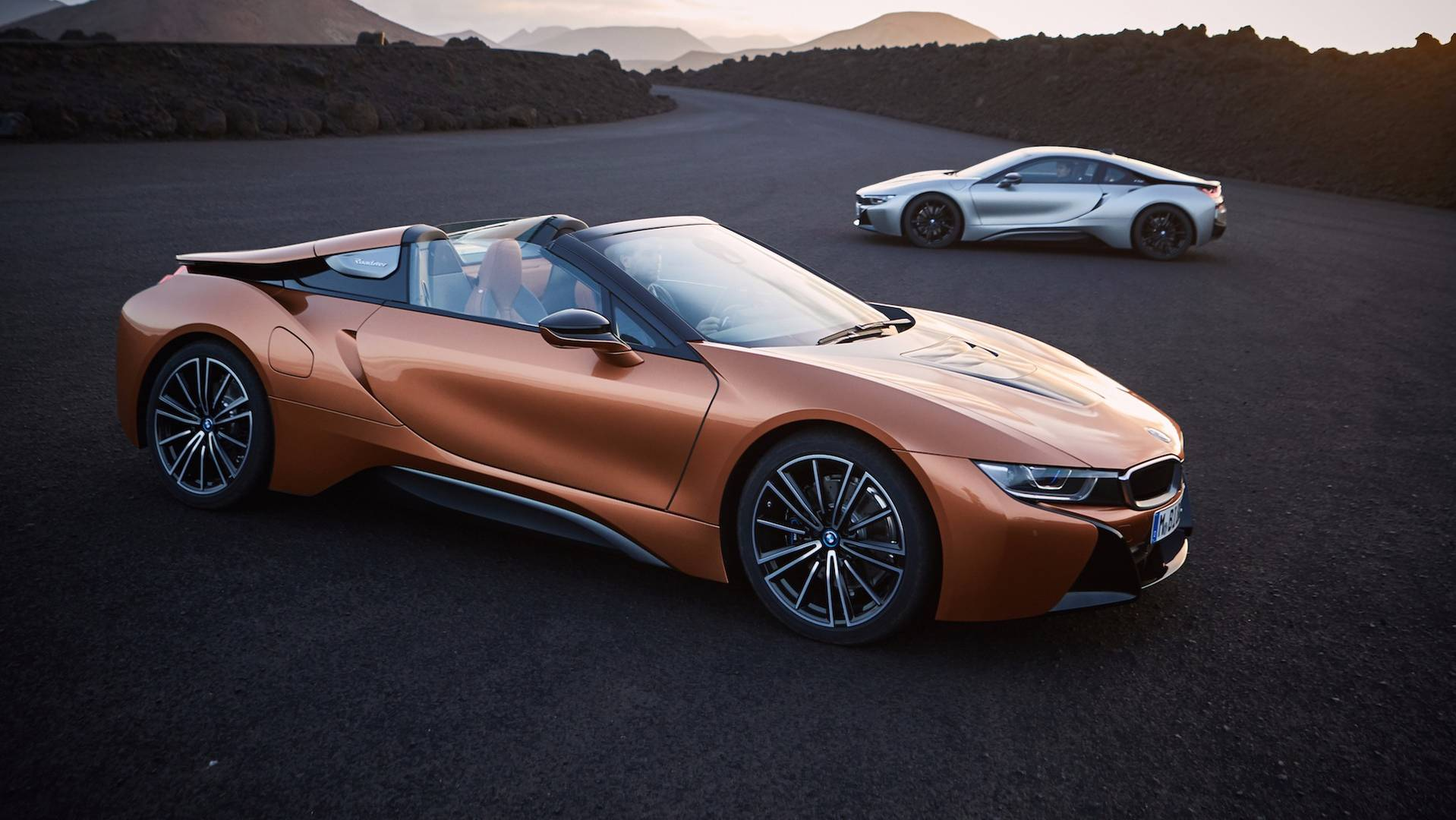 2019_BMW_i8_Roadster_15