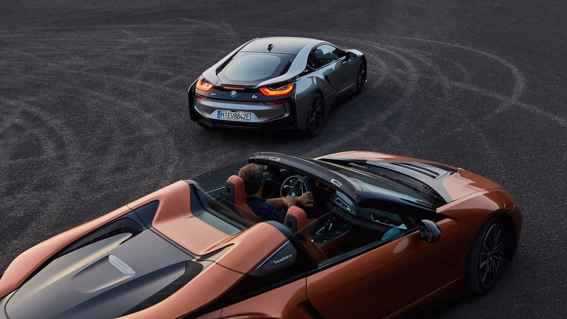 2019_BMW_i8_Roadster_19
