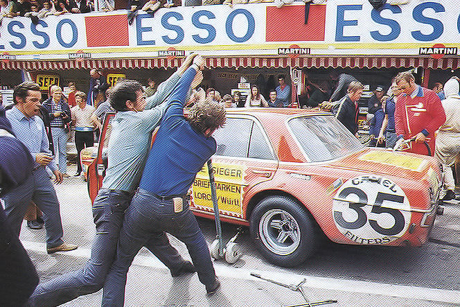 spa-300sel-amg-Rote_Sau_1971_lift