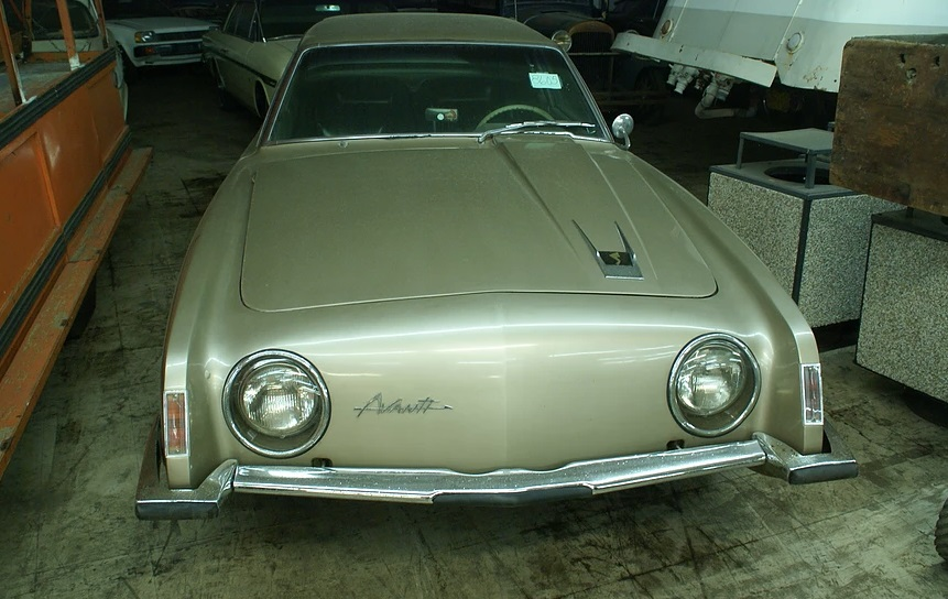 700 cars in auctions (5)