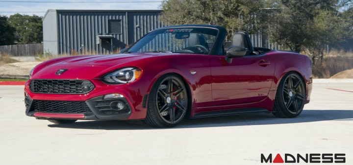 Abarth_124_spider_by_madness_autoworks_07