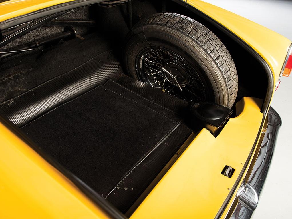 1956_ Alfa_Romeo_1900C_SS_Coupe_by_Touring_Superleggera_18