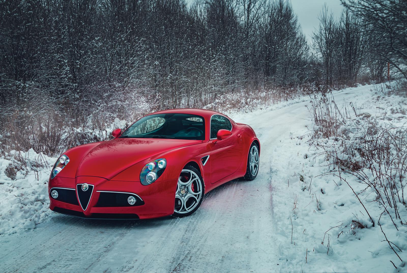 2099_Alfa_Romeo_8C_Competizione_0000
