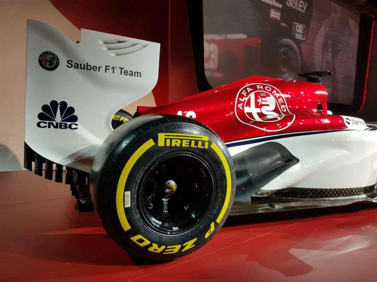 Alfa_Romeo_Sauber_F1_0001