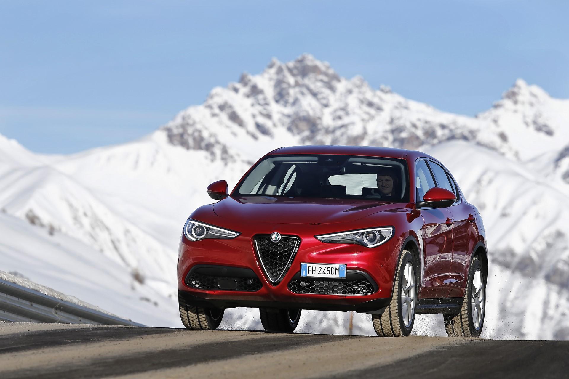170222_Alfa-Romeo_AR-Stelvio_50