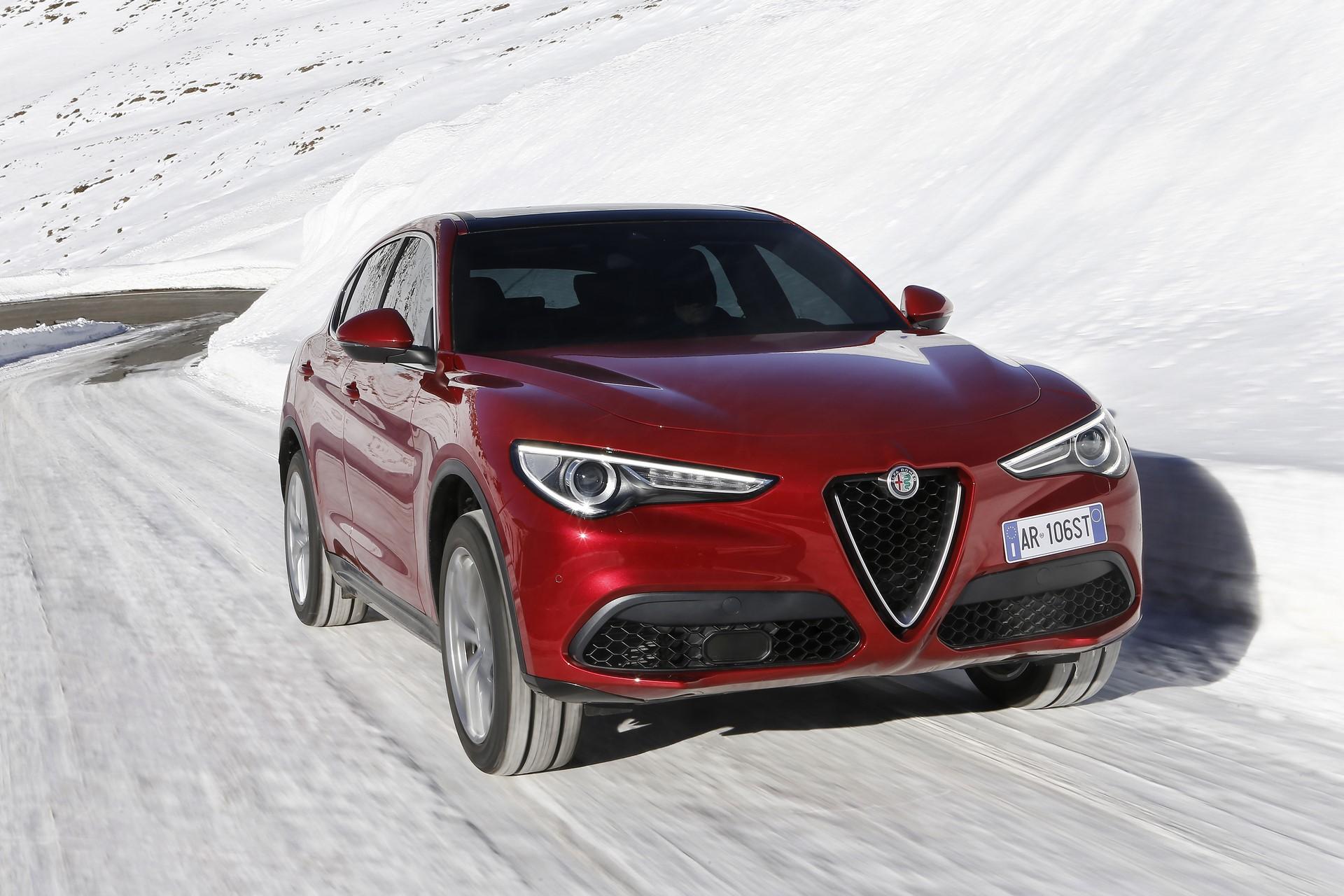 170222_Alfa-Romeo_Stelvio_22
