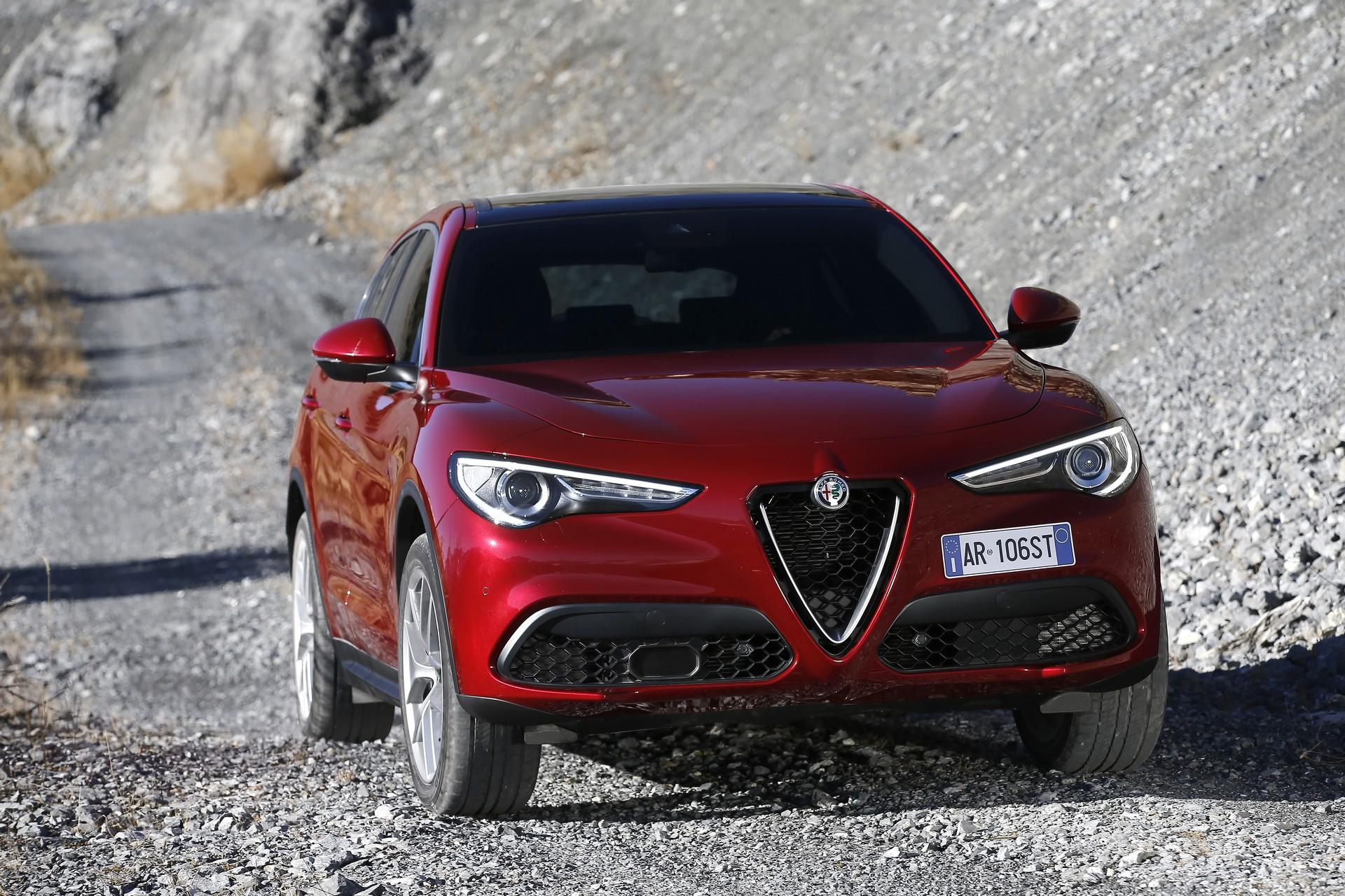170222_Alfa-Romeo_Stelvio_57