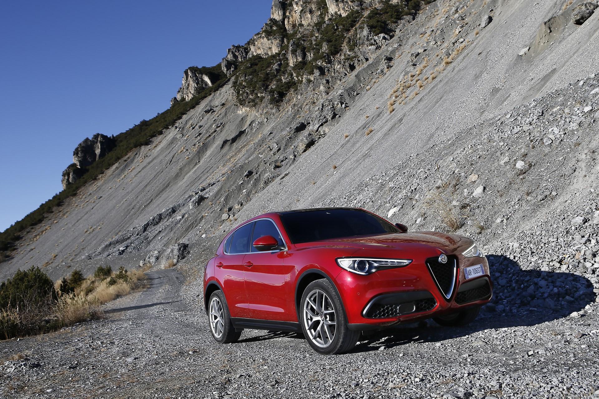170222_Alfa-Romeo_Stelvio_60