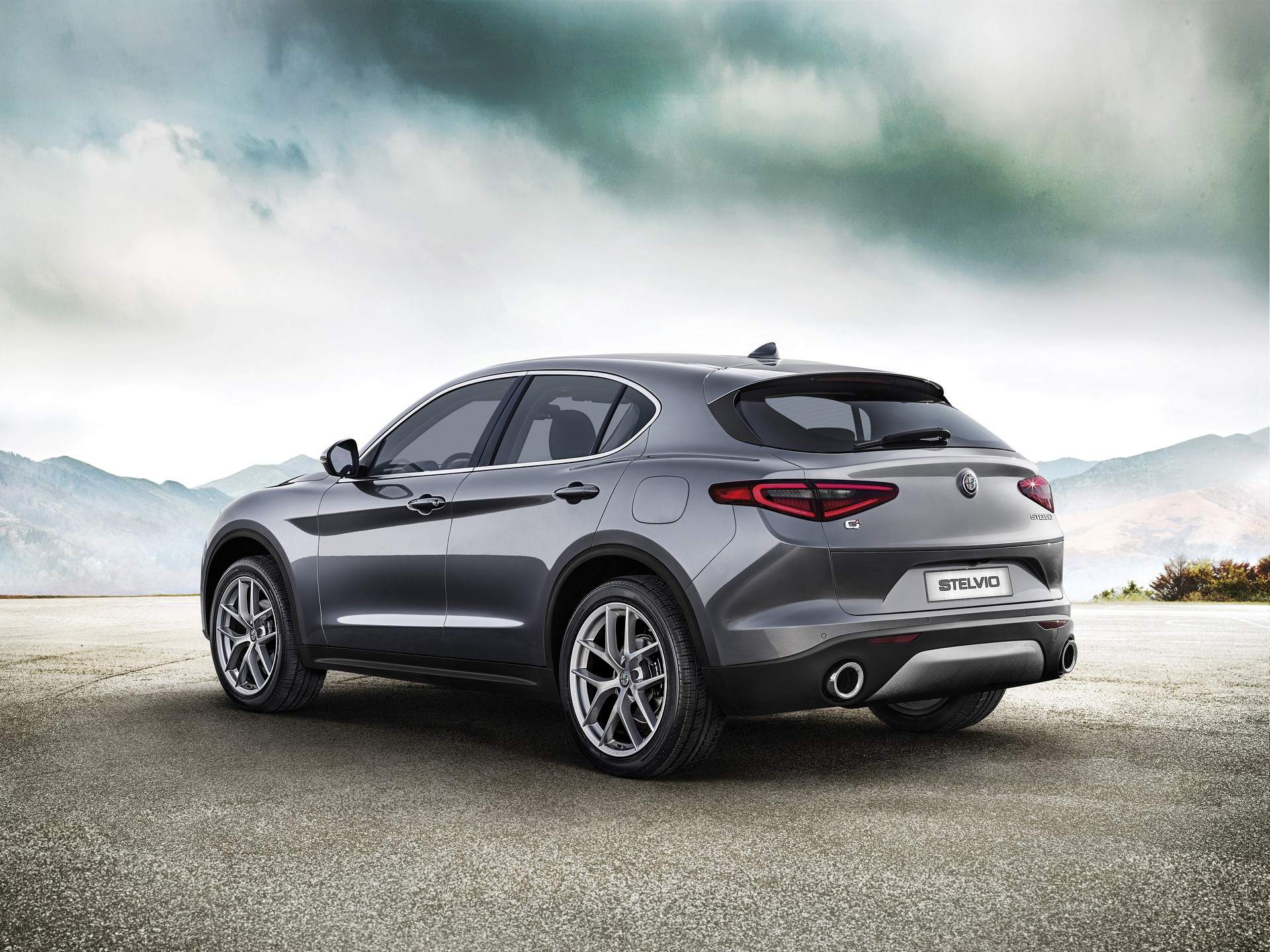 Alfa Romeo Stelvio First Edition (2)