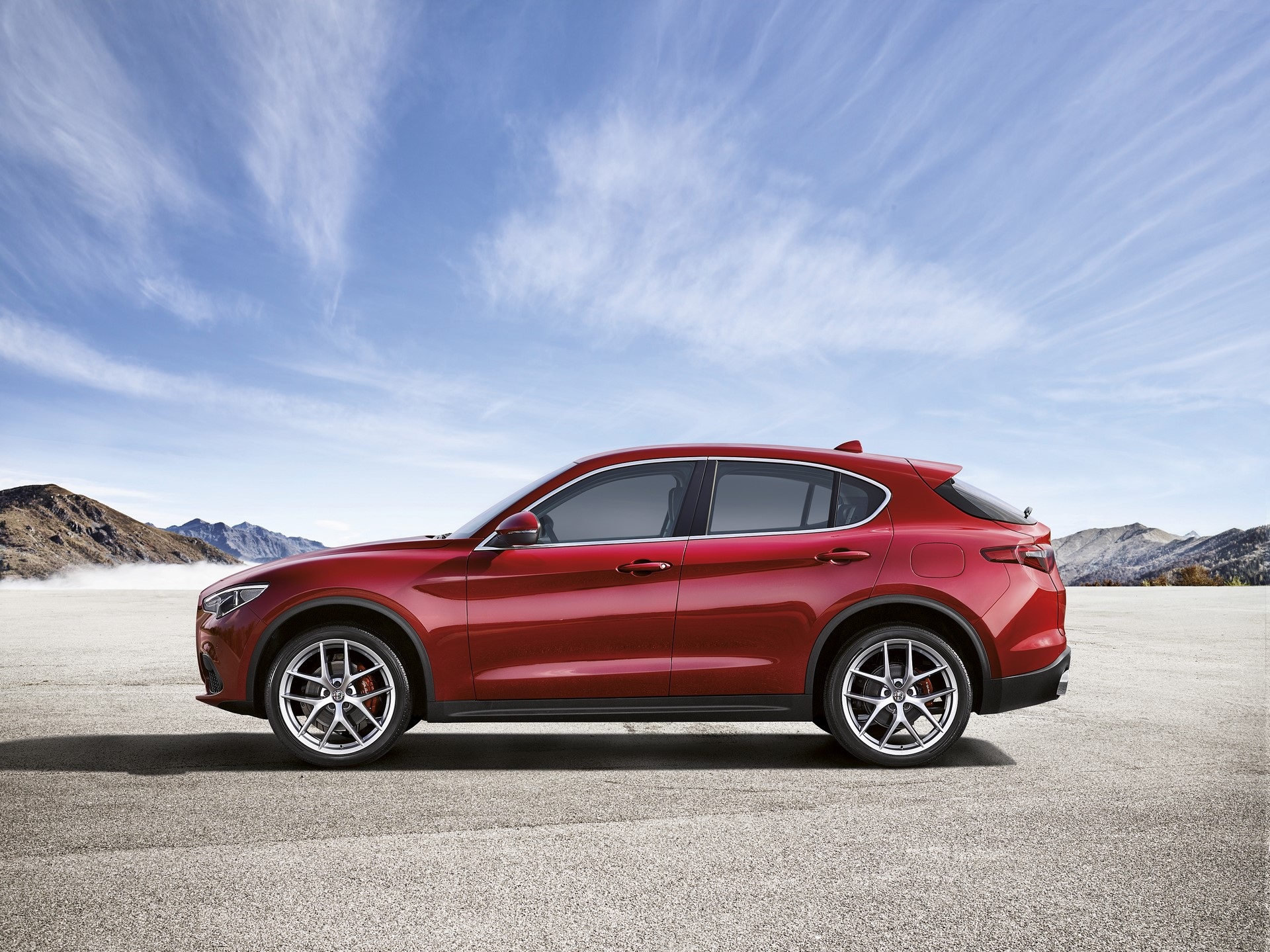 Alfa Romeo Stelvio First Edition (8)
