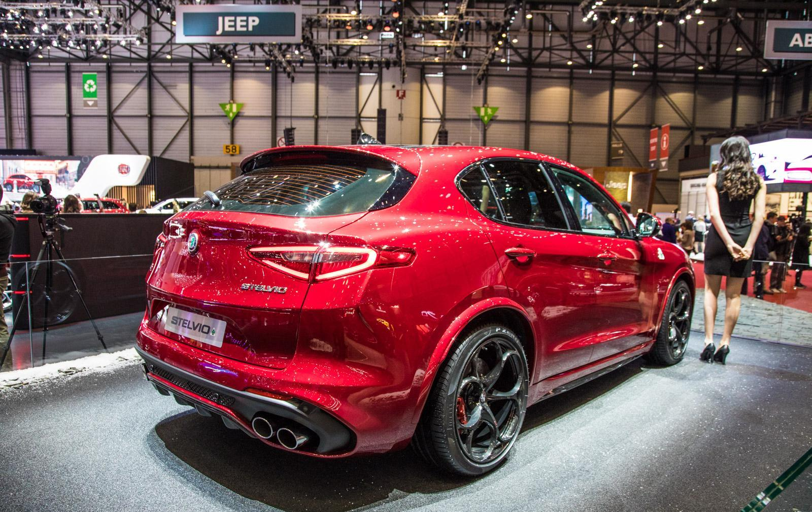 Alfa-Romeo-Stelvio-005