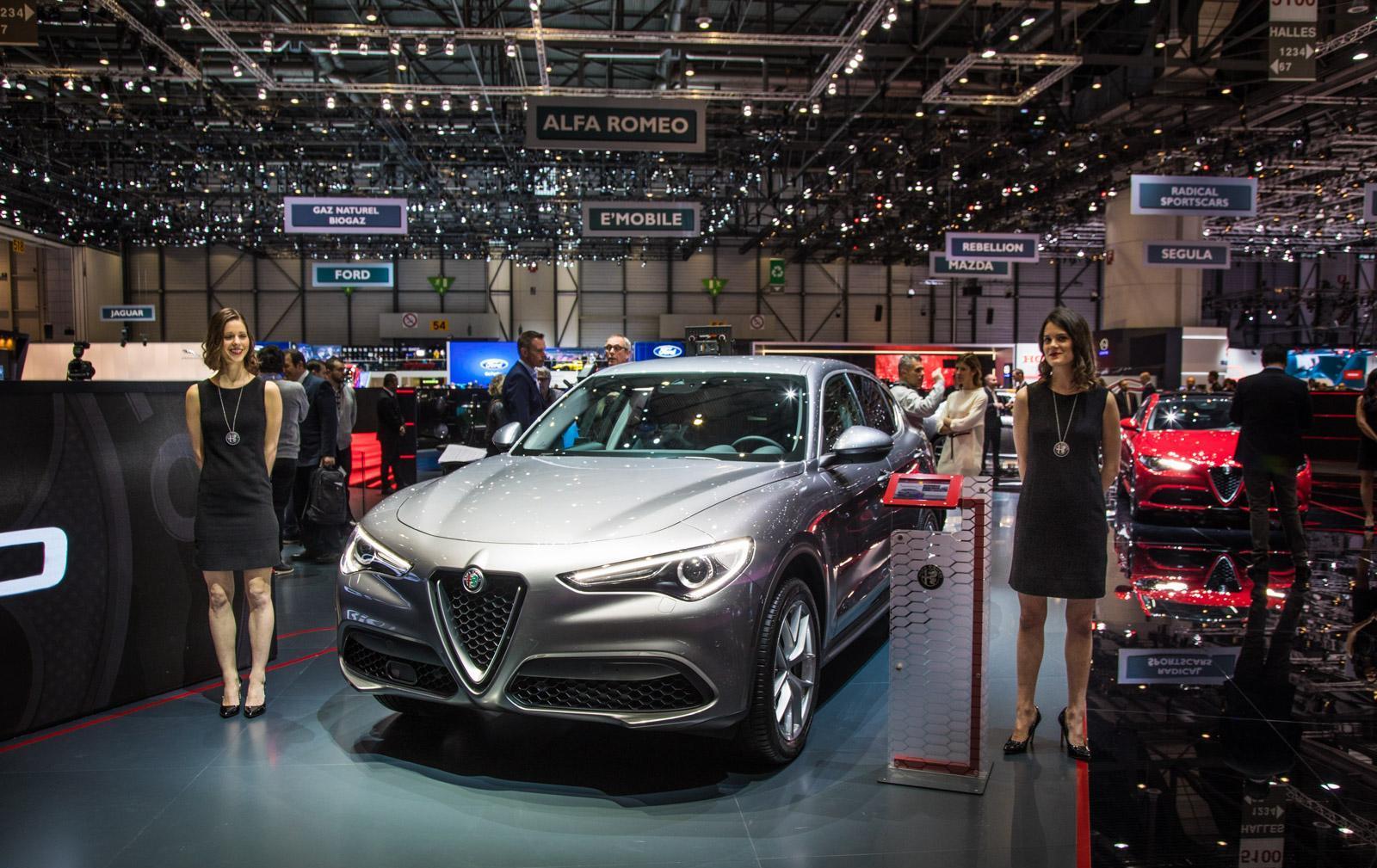 Alfa-Romeo-Stelvio-014