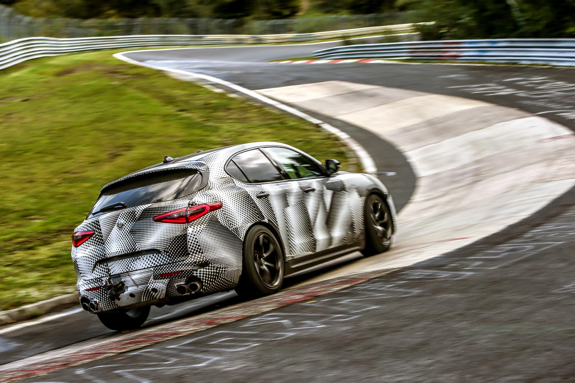 Alfa Romeo Stelvio QuadrifoglioNurburgring record (12)