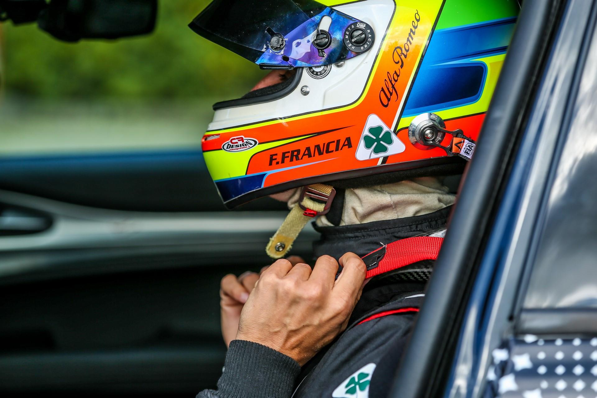 Alfa Romeo Stelvio QuadrifoglioNurburgring record (15)