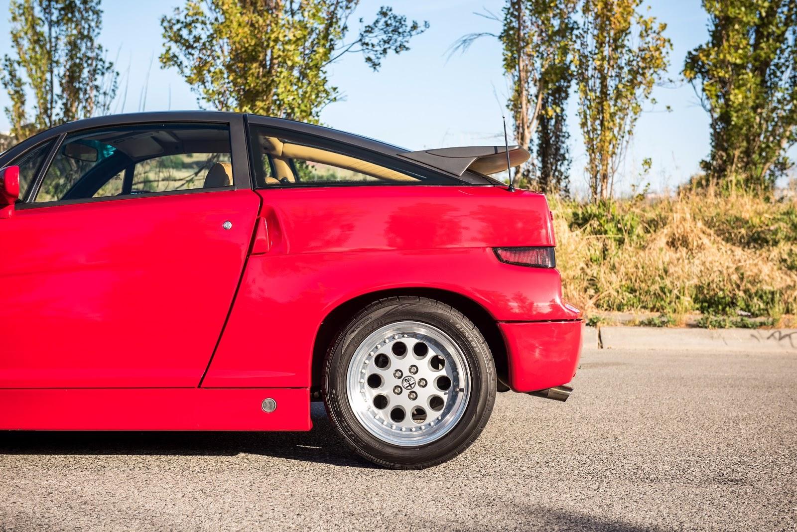 Alfa_Romeo_SZ_for_sale_03