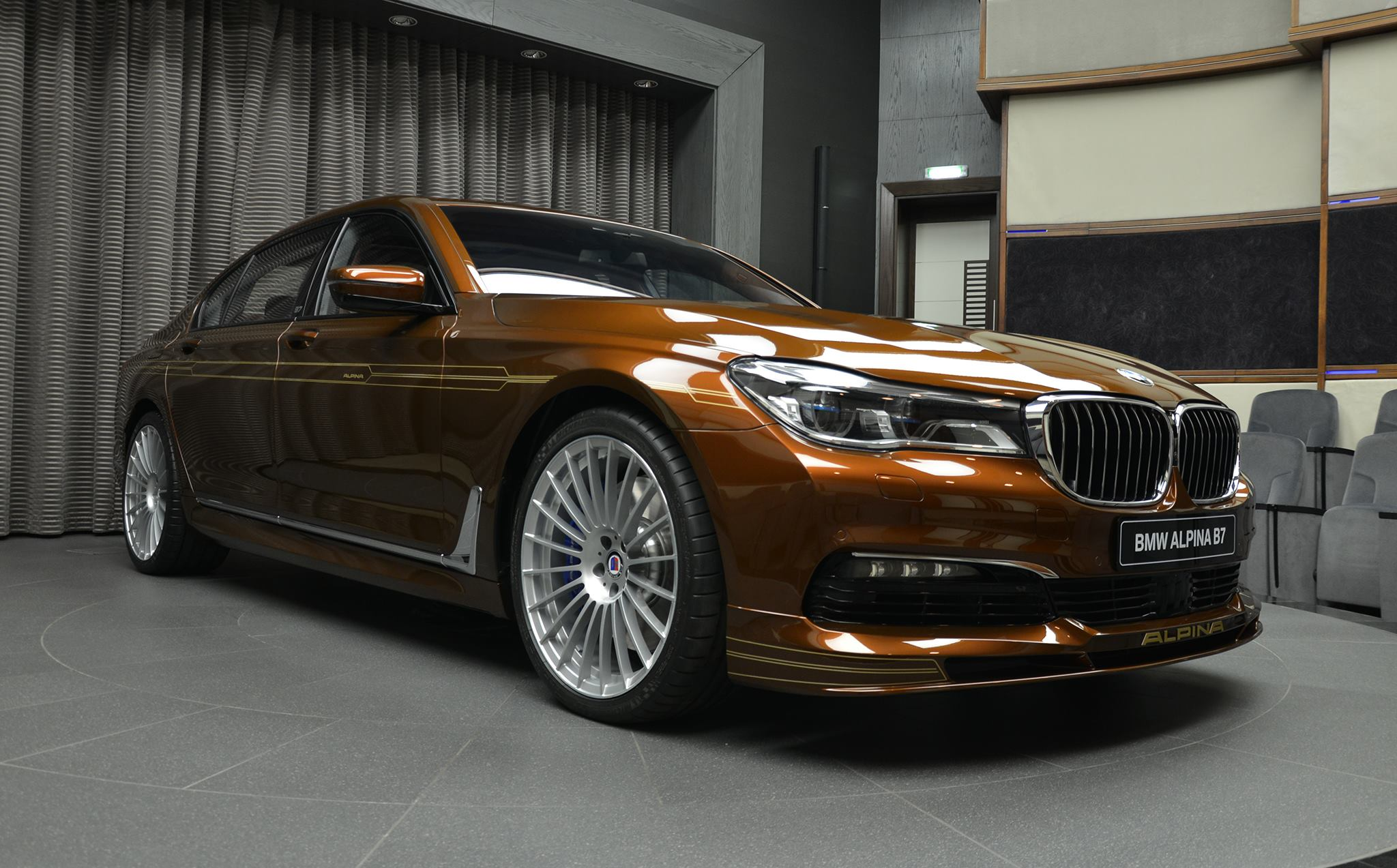 Alpina B7 BiTurbo brown (12)