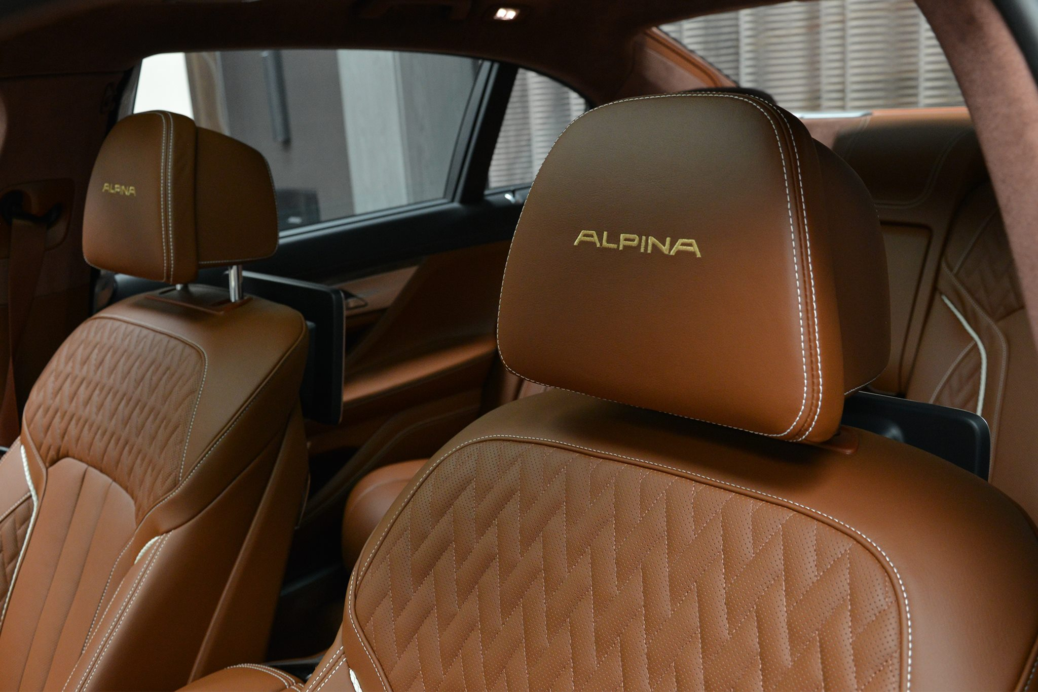 Alpina B7 BiTurbo brown (19)