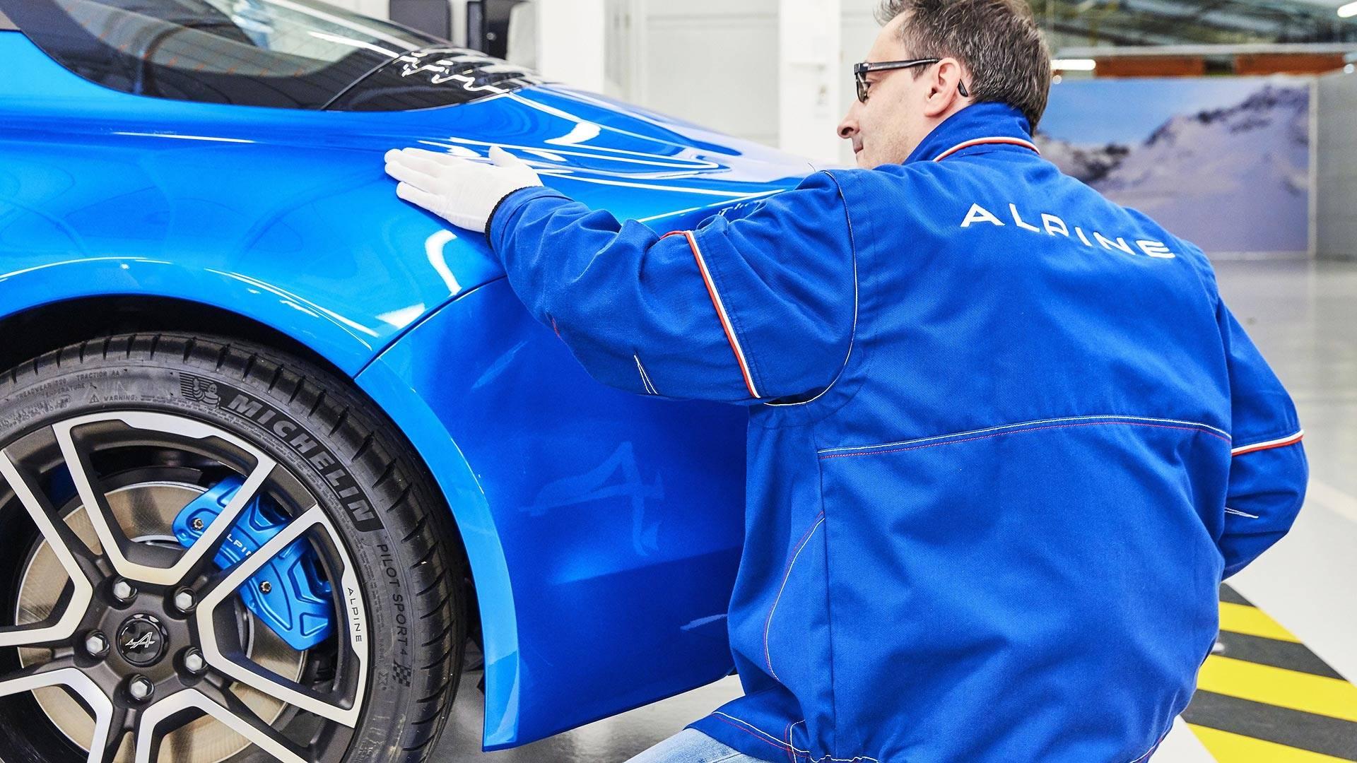 2017 - Fabrication de l'Alpine A110 à l'usine de Dieppe