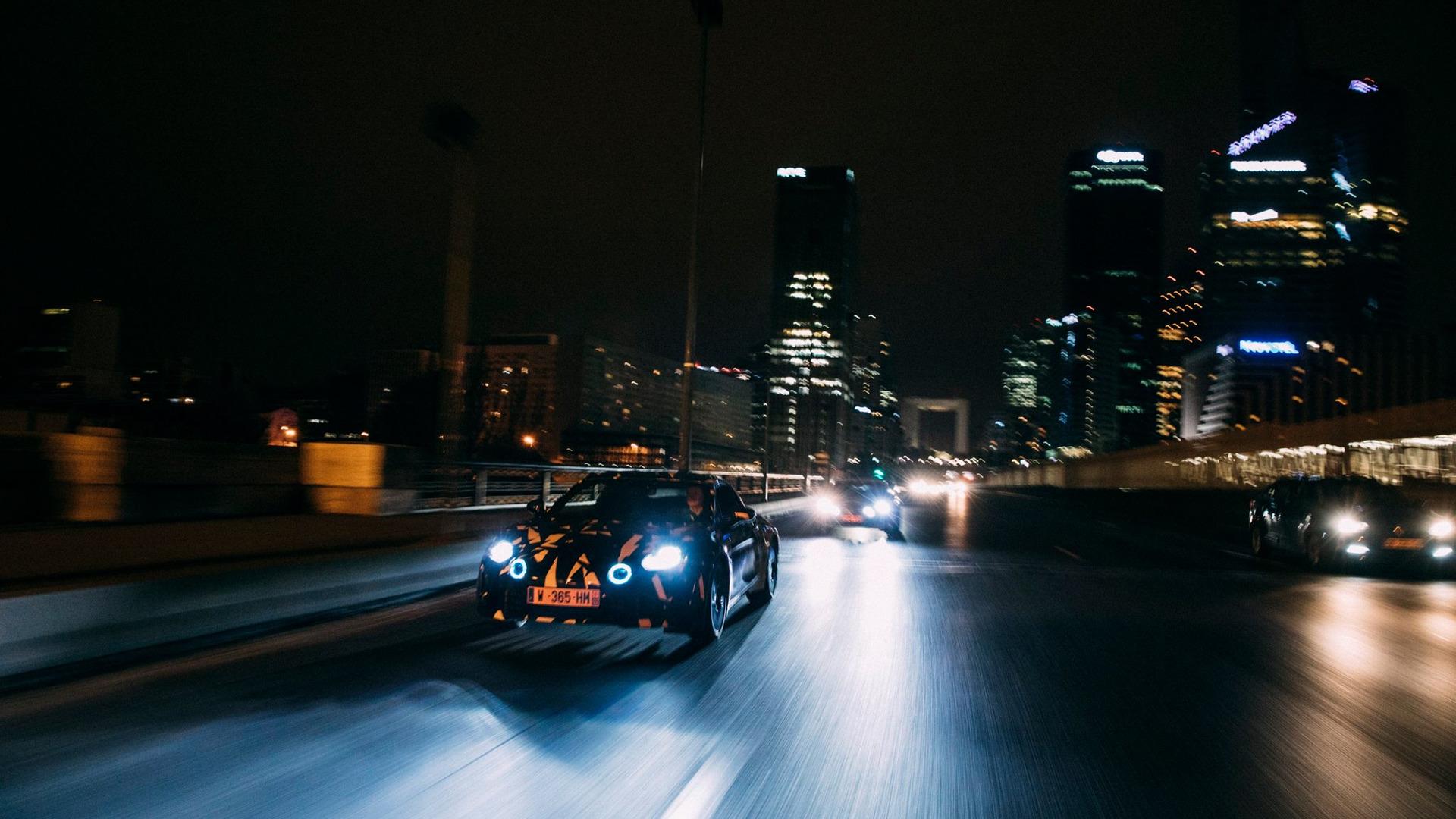 alpine-prototypes-paris-night-ride (1)