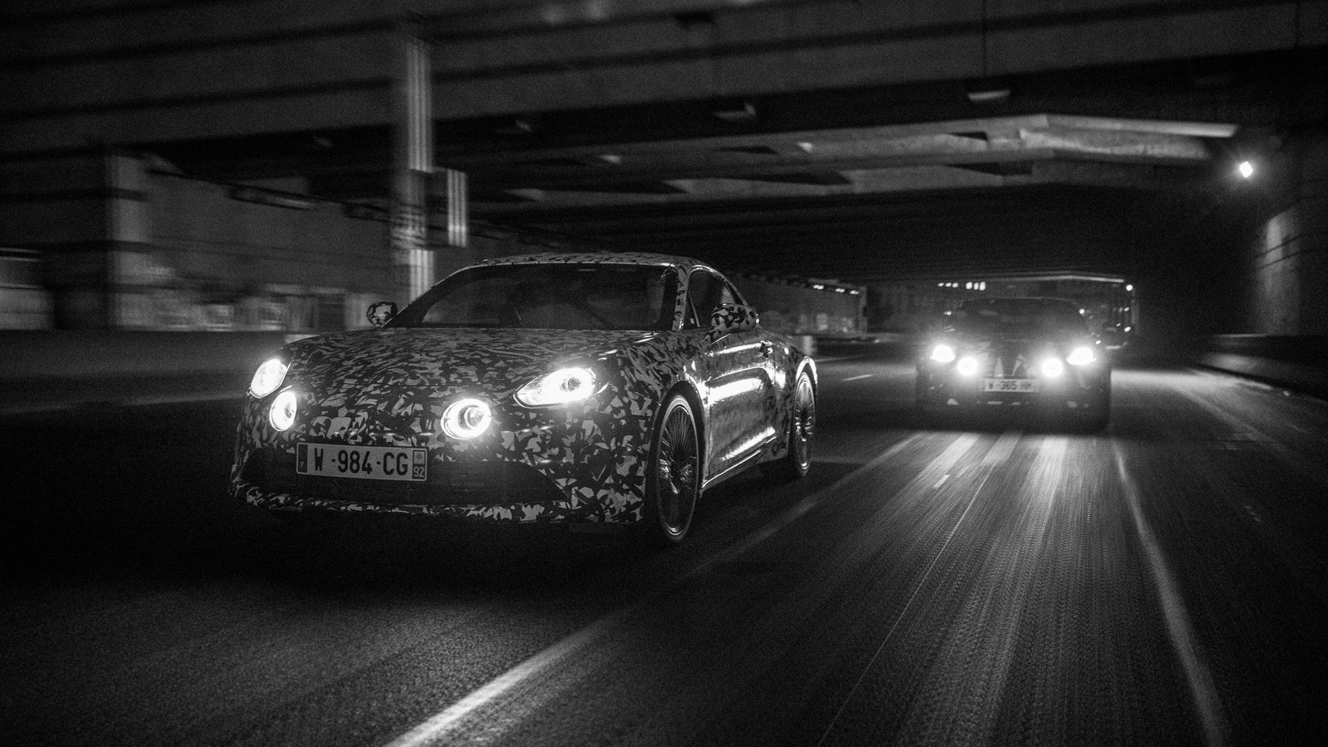 alpine-prototypes-paris-night-ride (10)