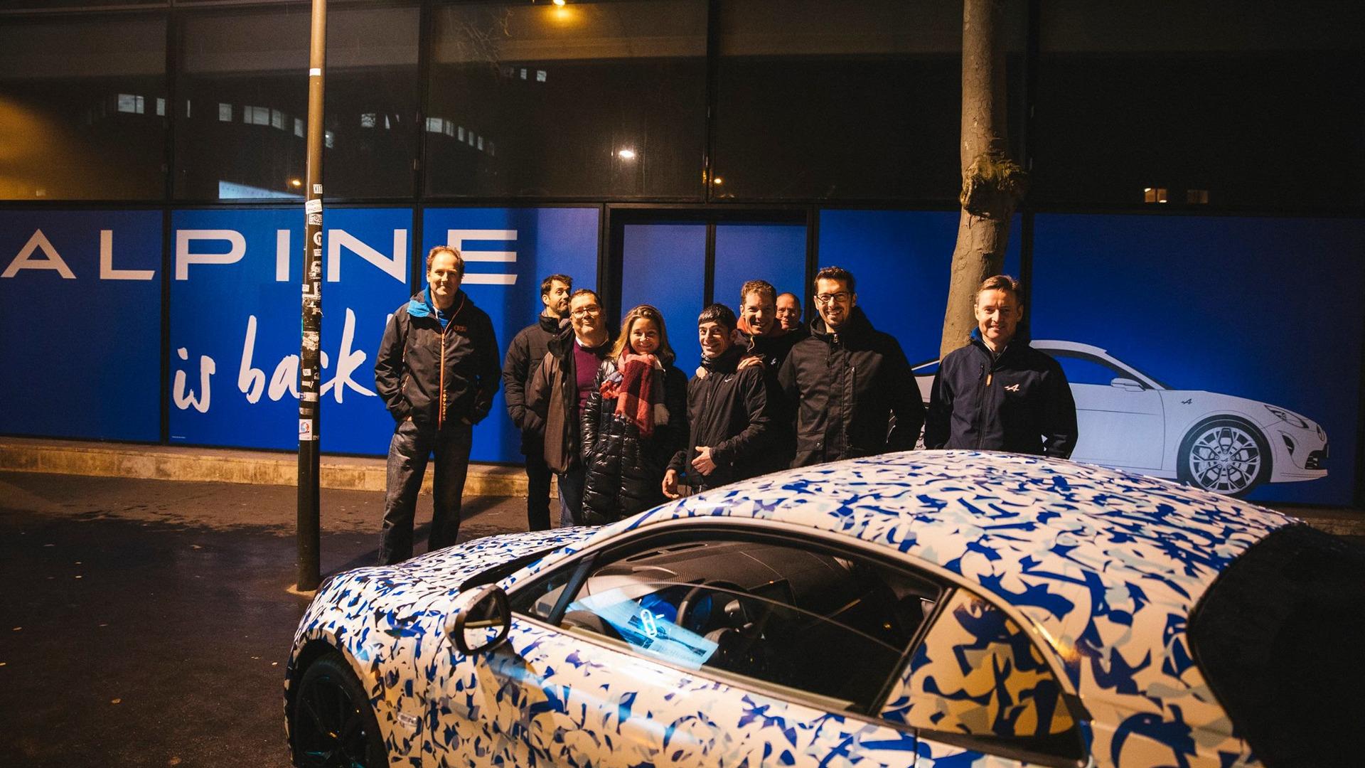alpine-prototypes-paris-night-ride (13)