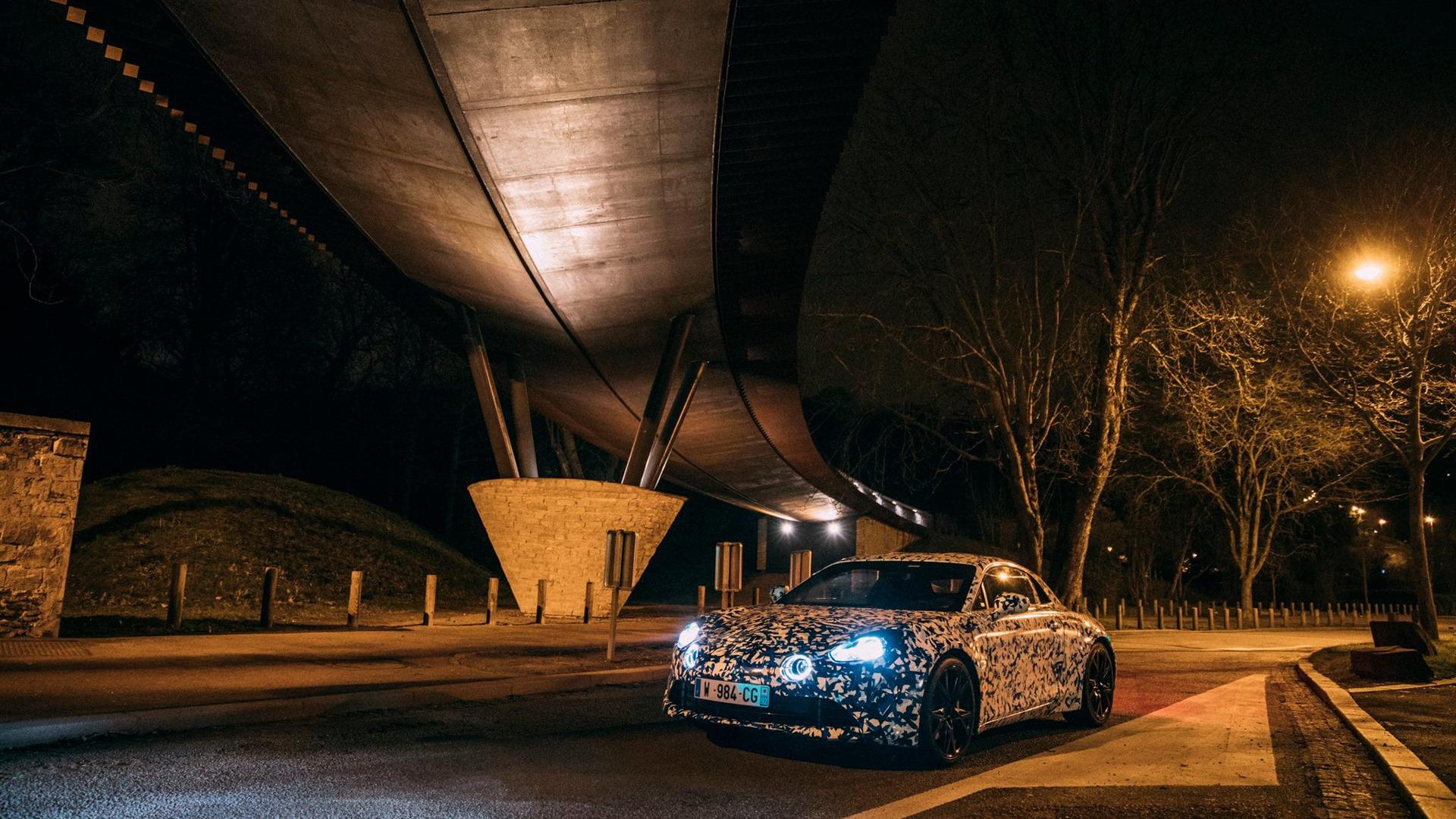 alpine-prototypes-paris-night-ride (19)