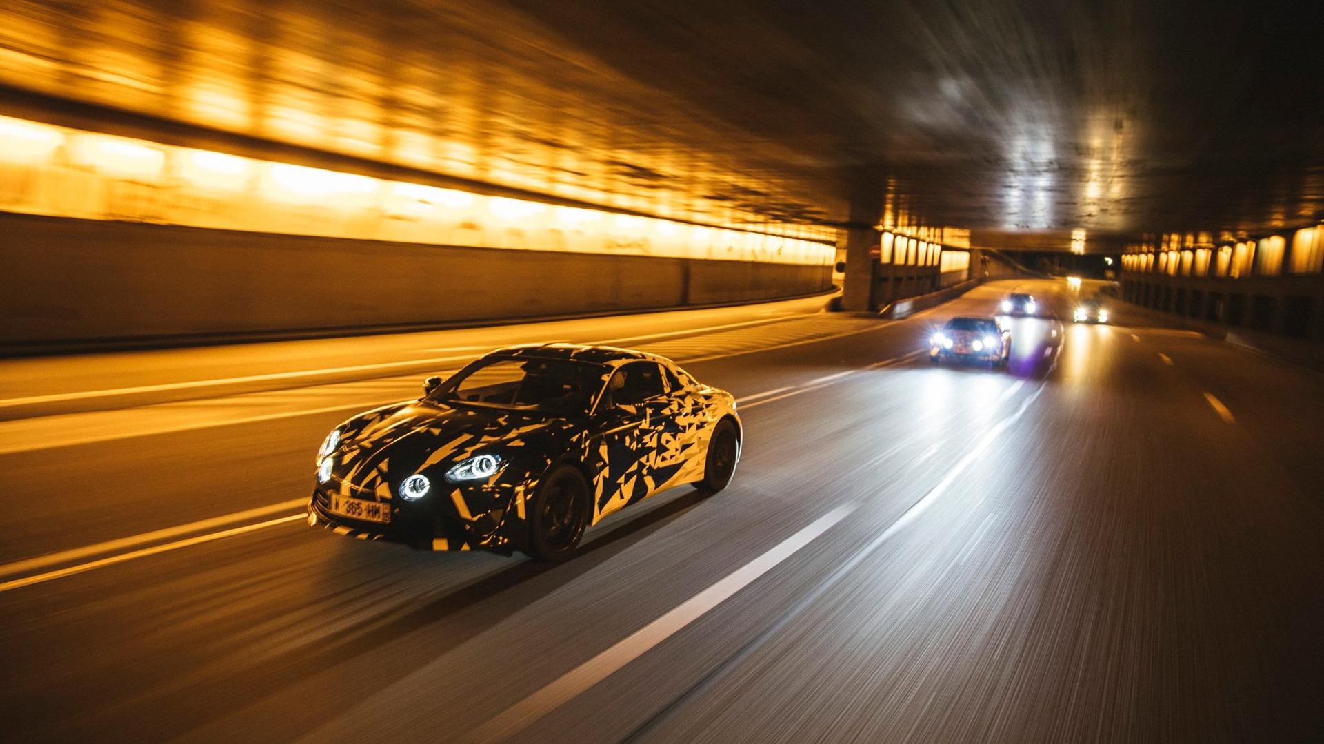 alpine-prototypes-paris-night-ride (25)