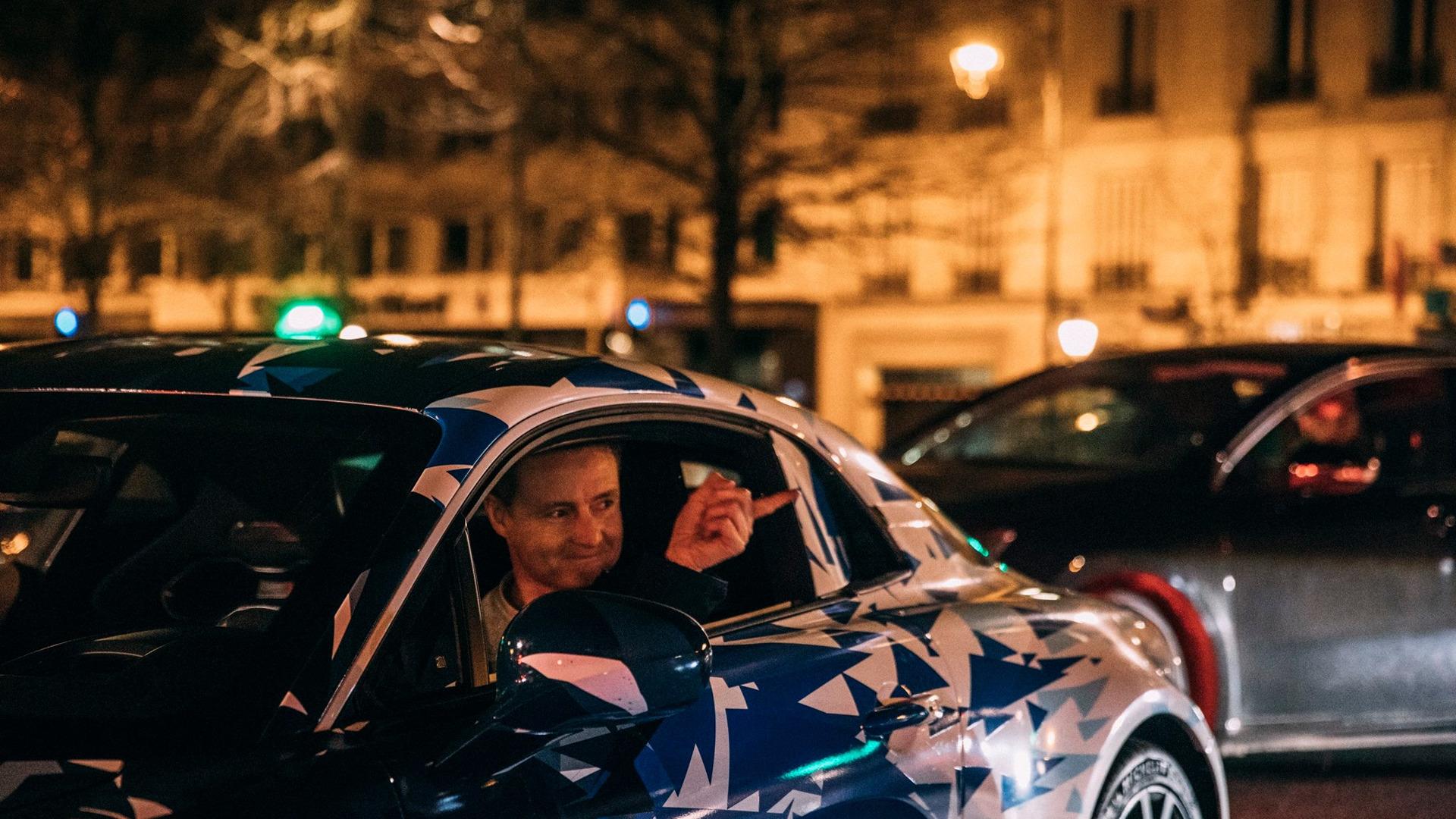 alpine-prototypes-paris-night-ride (26)