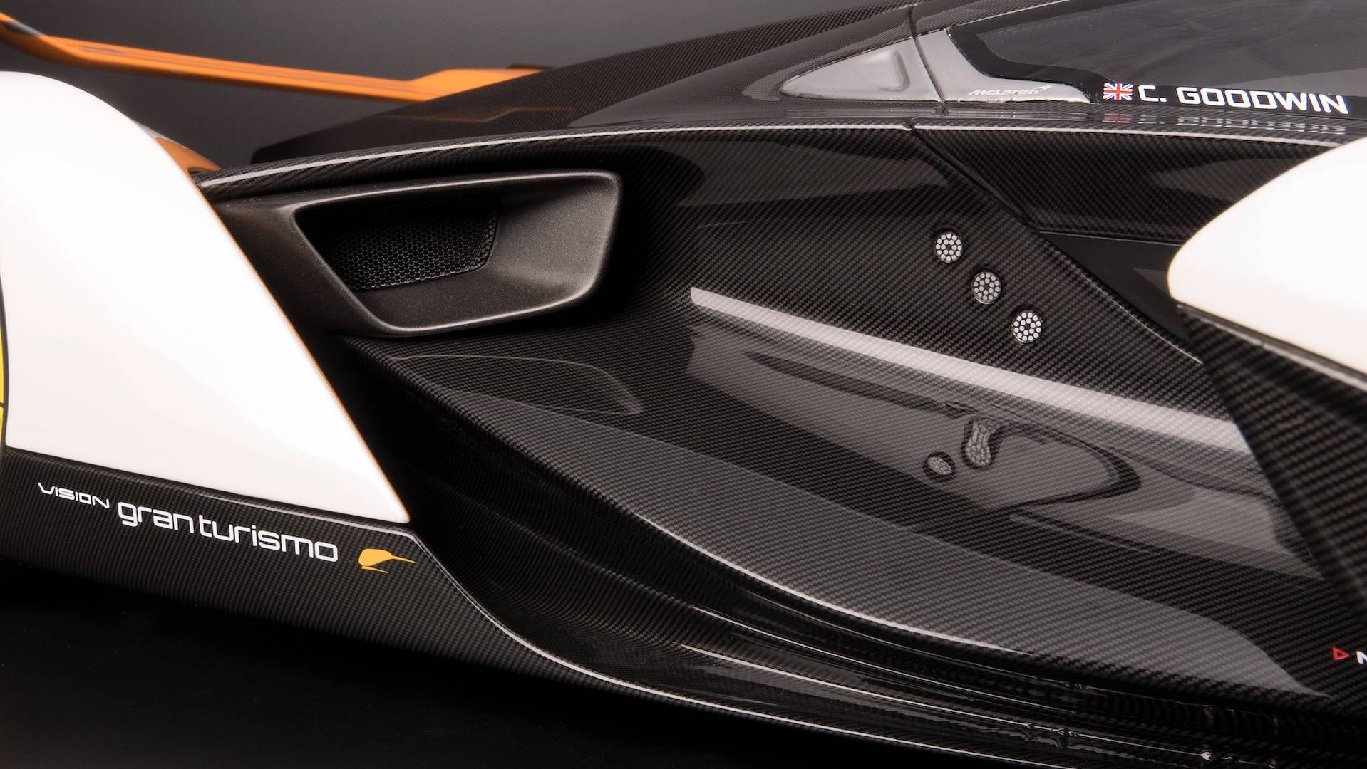 mclaren-ultimate-vision-gt-scale-model (16)